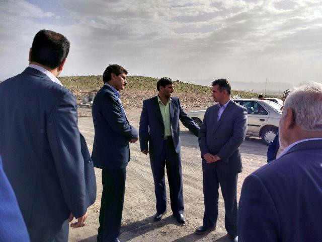 پيگيري اجراي مصوبات سال 95 در بازديد فرماندار از پروژه هاي عمراني شهراداري سربيشه